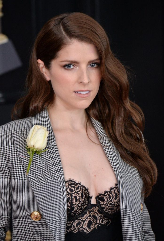 anna kendrick breasts