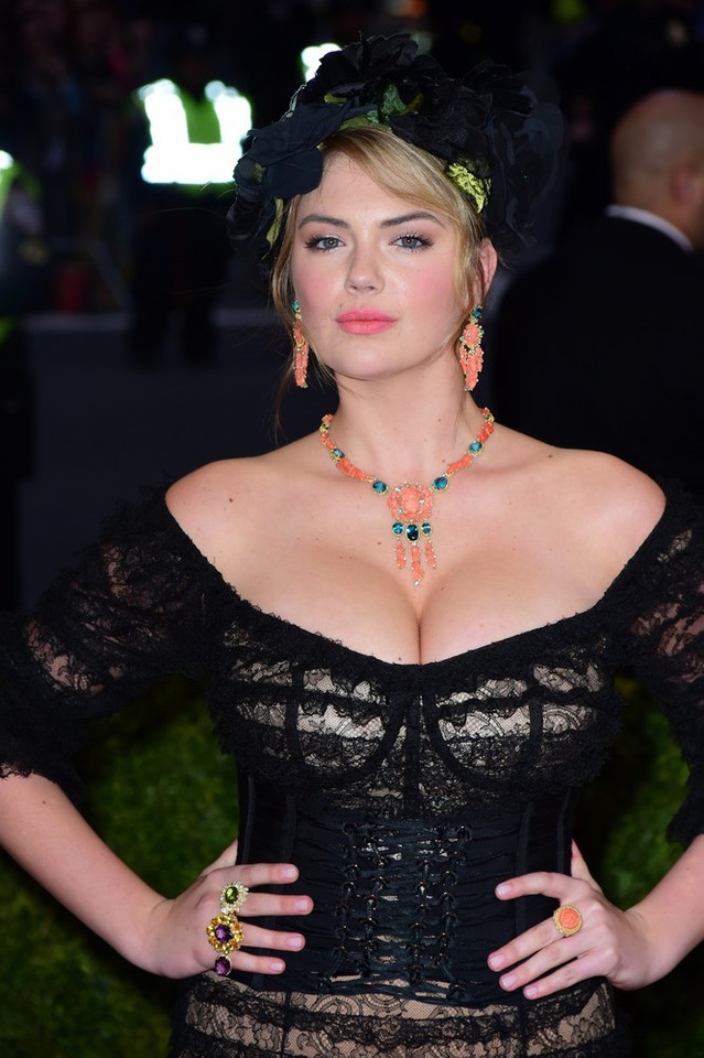 kate upton implants