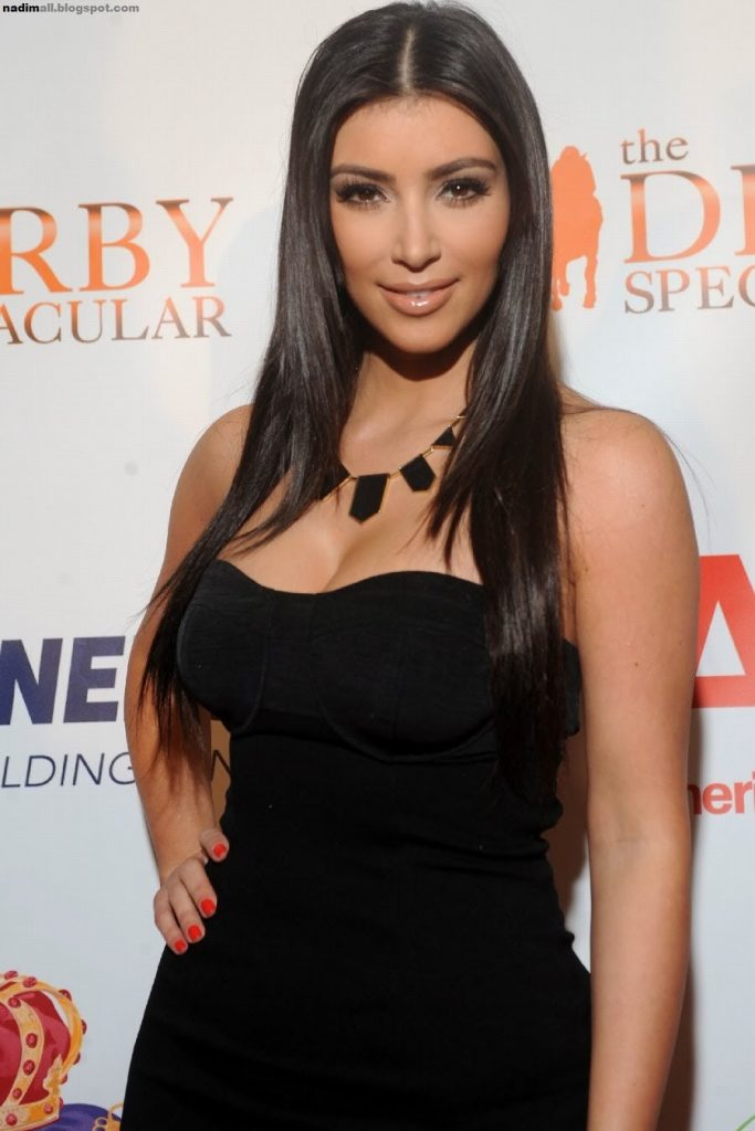 does kim kardashian have breast implants